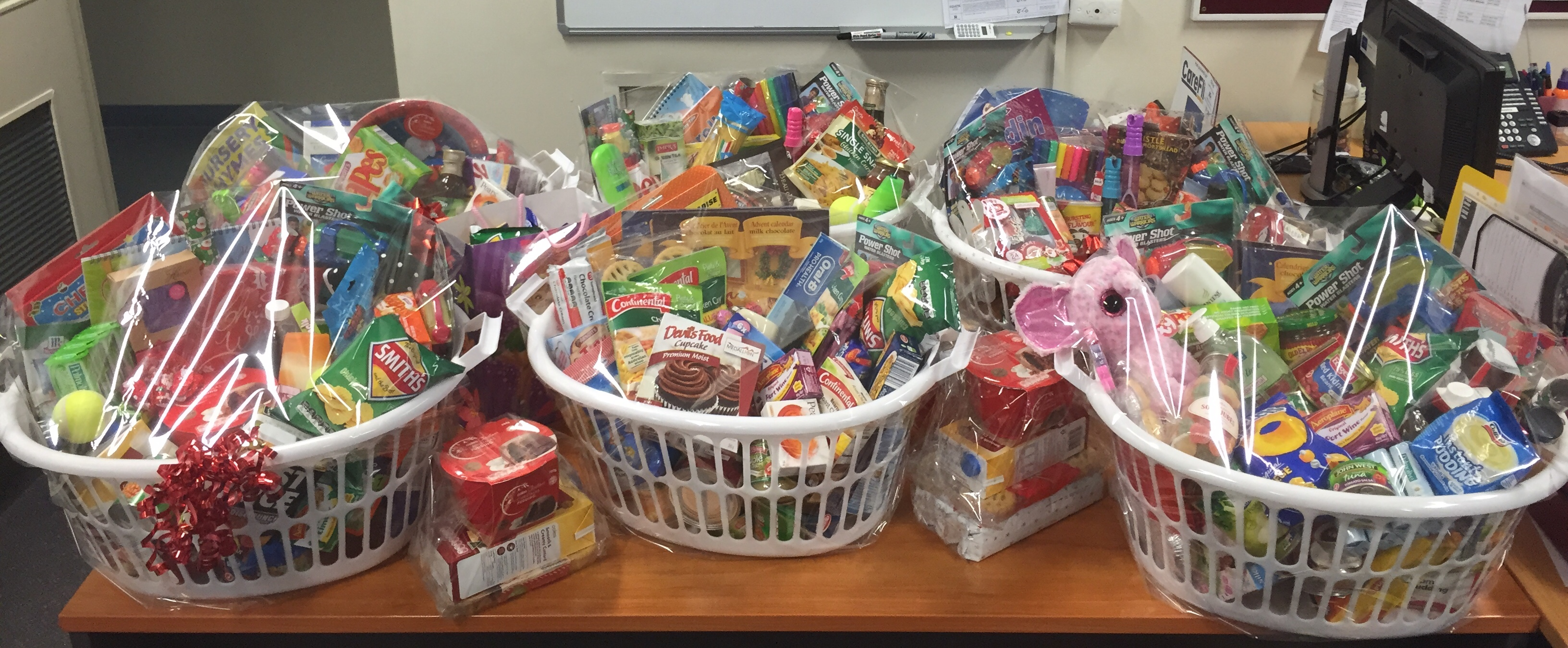 complete-personnel-port-augusta-christmas-hamper-2014